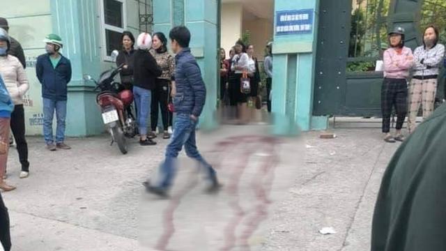 Bản tin cảnh sát: Hai phụ huynh ẩu đả trước cổng trường, một người bị đâm trọng thương; Bắt 2 cán bộ công an vì nghi liên quan đến Đường Nhuệ