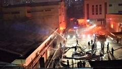 Cháy lớn tại công ty dược phẩm Hà Tây trong đêm