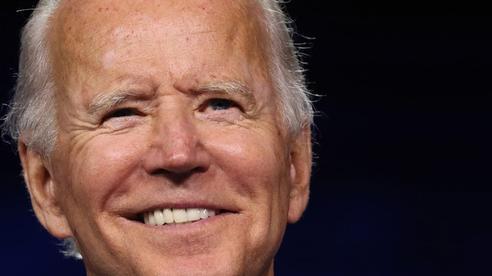 Ông Biden: Nếu xét theo tiêu chuẩn của ông Trump, có lẽ tôi đã thắng 'long trời lở đất'