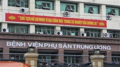 'Người bảo vệ quyền lực' ở cổng BV Phụ sản Trung ương