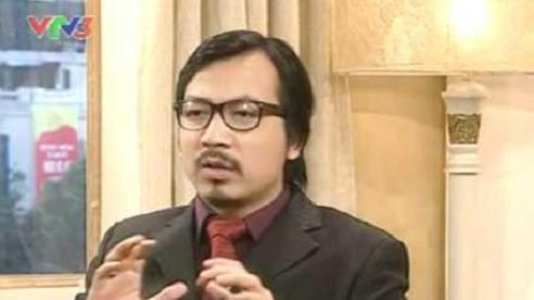 'Giáo sư Xoay' Đinh Tiến Dũng dẫn chương trình 'Ai là triệu phú'