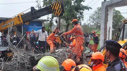 Sập nhà tại Ấn Độ: Số người thiệt mạng đã lên 21 người