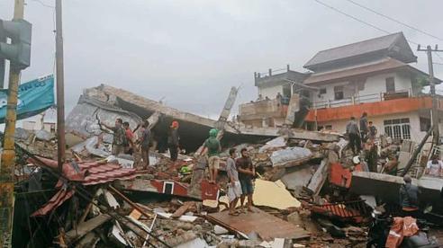 Động đất tại Indonesia khiến 7 người chết