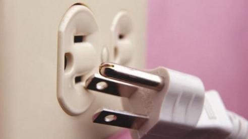 Dấu hiệu cảnh báo sự cố điện trong nhà cần được khắc phục ngay lập tức