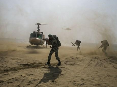 Căng thẳng với Mỹ gia tăng, Iran tiến hành 3 cuộc tập trận liên tiếp