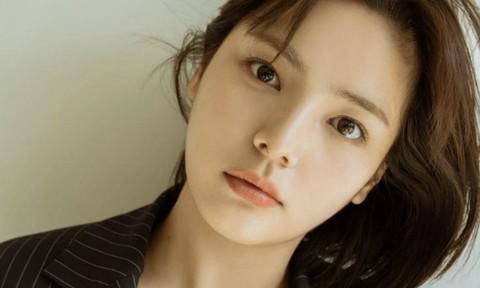Khán giả Hàn sốc khi nữ diễn viên Song Yoo Jung tự tử ở tuổi 27