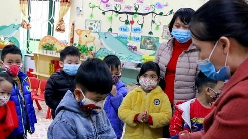 Trường mầm non ở Hà Nội cho hơn 600 trẻ nghỉ học