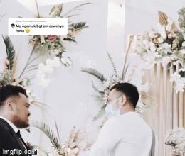 Đang tổ chức hôn lễ, cô dâu ôm chầm người yêu cũ, phản ứng của chú rể gây bất ngờ