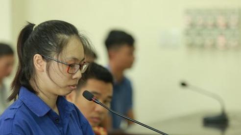 Diễn biến bất ngờ tại phiên xử nữ bị cáo 'yêu anh rể, bỏ xyanua vào trà sữa đầu độc chị họ'
