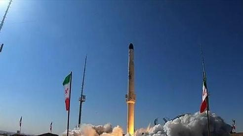 Iran tuyên bố phóng thành công tên lửa đẩy thế hệ mới nhất