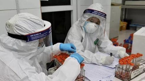 Thêm 2 nhân viên sân bay Tân Sơn Nhất nghi mắc Covid-19