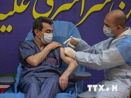 Tổng thống Iran cảnh báo về làn sóng lây nhiễm dịch bệnh mới