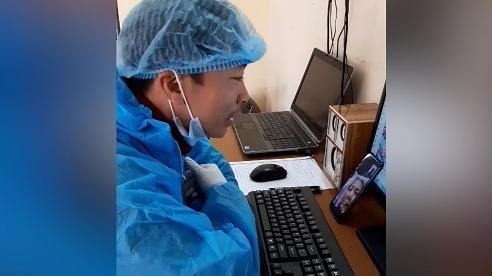 Xúc động video nam điều dưỡng hát tặng mẹ từ khu cách ly