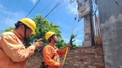 Đề xuất điều chỉnh giá điện theo từng quý, dùng ít được giảm giá