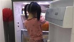 Mẹ trẻ đăng ảnh 'tố' con gái không có chút thùy mị nào khiến dân mạng cười mệt, câu nói 'đẻ con gái nết na' đúng là nhầm to