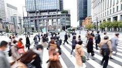 Trọng trách của 'Bộ trưởng Cô đơn' Nhật Bản