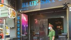 Nhiều dịch vụ ở TP.HCM được mở cửa, trừ vũ trường, quán bar, karaoke, club