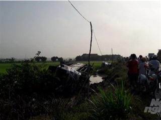 Bạc Liêu: Tai nạn giao thông nghiêm trọng làm 8 người thương vong