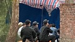 Công an Quảng Nam bắt quả tang 33 người đánh bạc