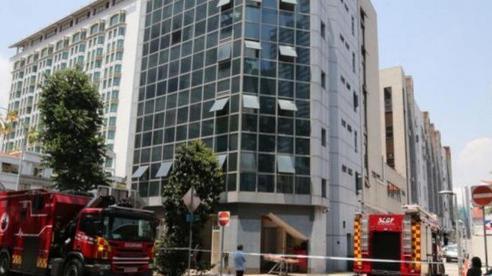 Nhân viên bảo trì tử vong vì kẹt trong trục thang máy ở Singapore