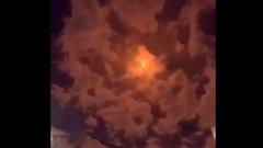 UAV, tên lửa đạn đạo Houthi ồ ạt tấn công Saudi