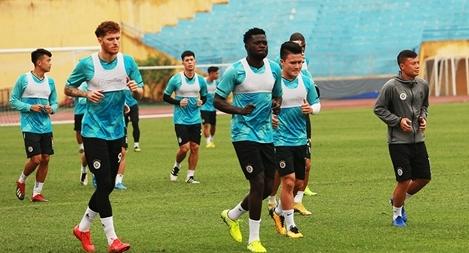V.league sắp trở lại, Hà Nội FC ráo riết luyện quân