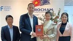 Vĩnh Phúc bổ nhiệm con gái 31 tuổi của Bí thư tỉnh ủy làm Phó giám đốc Sở KH-ĐT