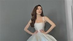 Hồ Ngọc Hà xuất hiện xinh đẹp khi diện váy cưới do Lý Quí Khánh chuẩn bị nhưng lại lộ khuyết điểm quá rõ ràng trên cơ thể