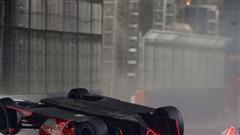 Xe Formula E bị hất tung và rê cả trăm mét theo phương 'đầu đội đất', tay đua vẫn thoát chết thần kỳ nhờ công nghệ hàng không vũ trụ