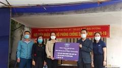 Ford Việt Nam hỗ trợ phương tiện vận chuyển và trang thiết bị y tế cho Hải Dương