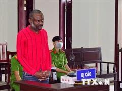 Tuyên án tử hình đối tượng Nigeria vận chuyển gần 4kg ma túy đá