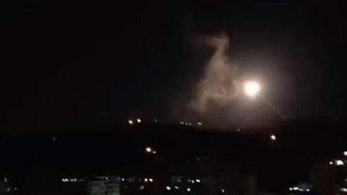 Chiến sự Syria: Hé lộ vũ khí siêu mạnh giúp Damascus chặn đứng tên lửa Israel