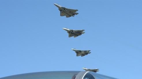 'Tiếng động cơ Su-57 khiến đối phương hoảng sợ'