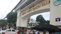 Từ 1/4, khám giáo sư ở Bệnh viện Bạch Mai 550.000 đồng/lượt, giường cao nhất 3,3 triệu/người