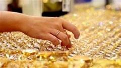 Giá vàng mất mốc 56 triệu đồng/lượng
