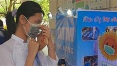 Bộ trưởng GD-ĐT tặng bằng khen cho nữ sinh chế tạo ATM '4 trong 1'