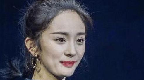 Hình chưa chỉnh sửa hé lộ nhan sắc thật của Dương Mịch: Body chuẩn không cần chỉnh nhưng gương mặt lại lão hóa thấy rõ