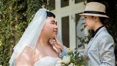 Bộ ảnh cưới 'lạ đời' khiến người xem từ bật cười tới cảm phục