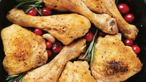 Tại sao chúng ta không nên ăn thịt gà mỗi ngày?