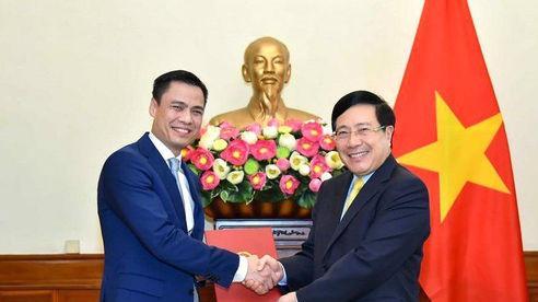 Trợ lý Phó Thủ tướng được bổ nhiệm làm Thứ trưởng Bộ Ngoại giao