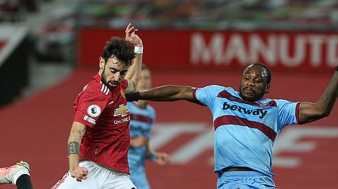 MU có điểm trước West Ham nhờ sai lầm của đối thủ