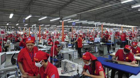 Quy định mới về mức khấu trừ tiền lương người lao động và chế tài xử phạt hành vi trốn đóng Bảo hiểm xã hội