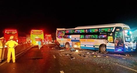 Làm gì để giảm tai nạn giao thông liên quan đến xe khách?