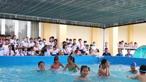 Tiền Giang trang bị hồ bơi cho học sinh phát triển kỹ năng bơi lội