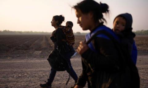 Người di cư đến biên giới Mỹ tăng kỷ lục từ khi Biden nhậm chức