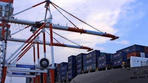 Xuất nhập khẩu tăng 22% trong nửa đầu tháng 3/2021