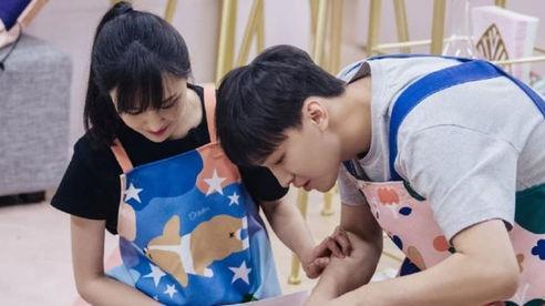 Trịnh Sảng sang Mỹ thuê nhà để chăm sóc hai con