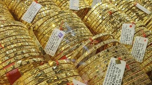 Giá vàng giảm 150 nghìn đồng/lượng
