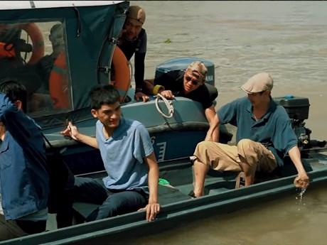 Lý Hải chi 3 tỷ đồng cho cảnh cháy nổ, rượt bắt trên sông nước