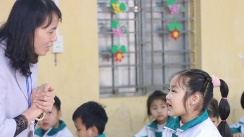 Giáo viên vất vả với yêu cầu minh chứng của Bộ GD-ĐT: 'Không rõ để làm gì'